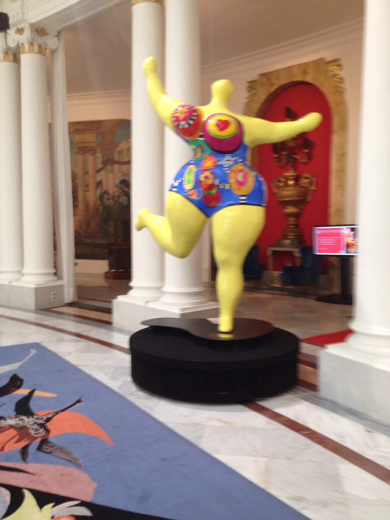 Many beautiful art opportunities in Le Negresco Hotel