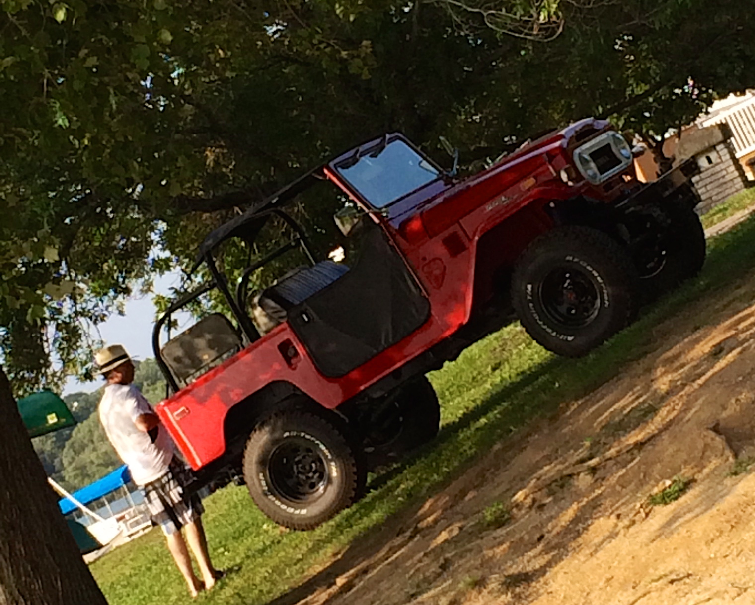 Tom - packing up the FJ40